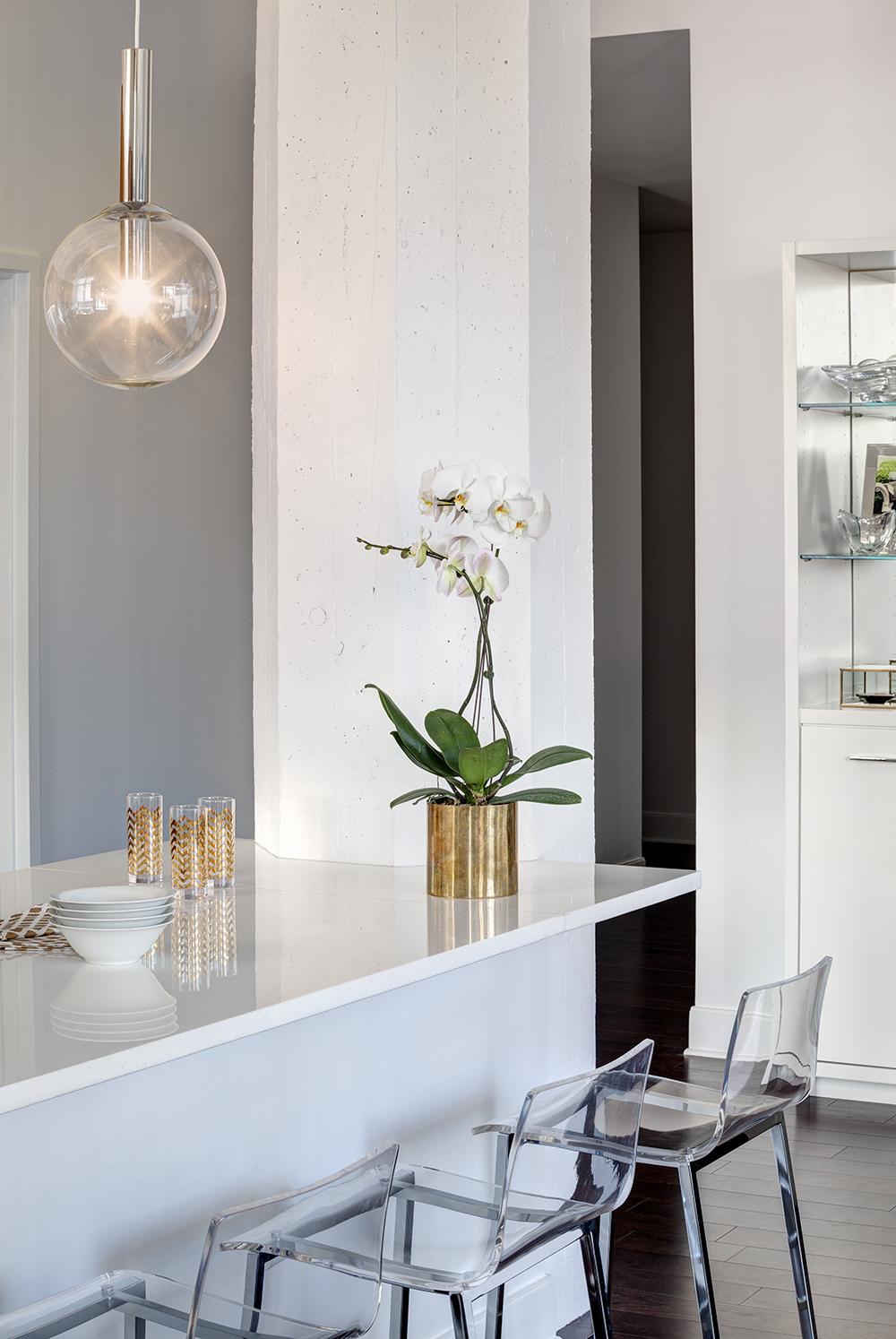 Project: Hoboken Apartment Designer: AE Design Stylist: Brice Gaillard Location: Hoboken, NJ
