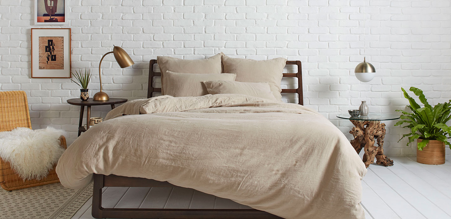 tan bedding
